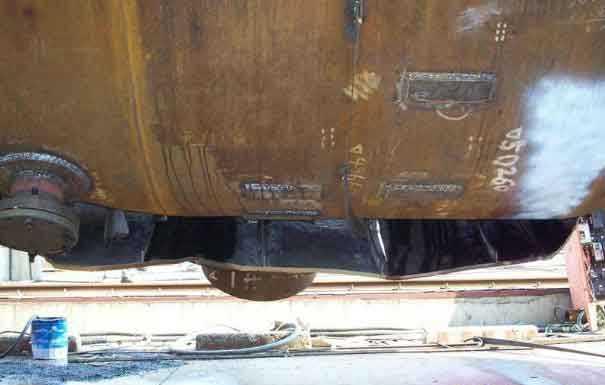 Hydrotest Failure of a Pressure Vessel