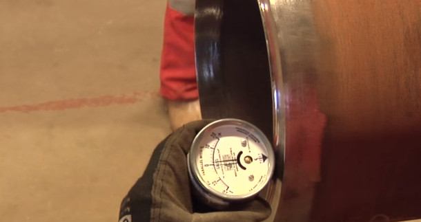 Check Magnetism of Pipe End