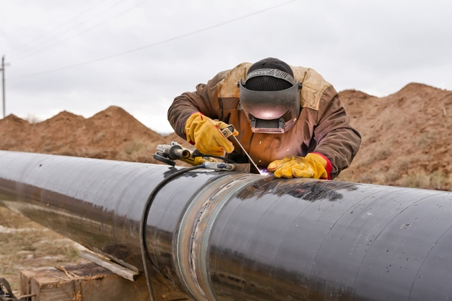 Welding of a Pipe Line